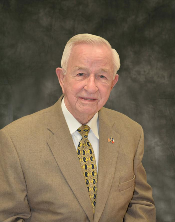 PEARLAND CHAMBER OF COMMERCE NAMES MAYOR TOM REID CITIZEN OF THE