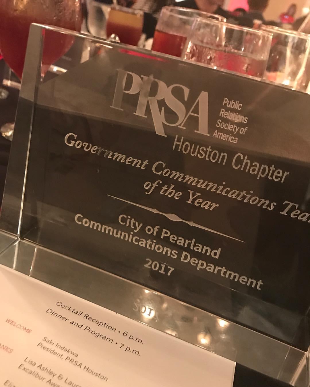 gov-comm-award-pic